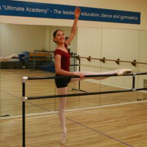 1024px-Ballet_barre